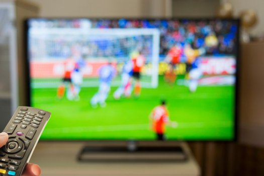 Hétfői sportműsor: Pályán a Vasas és az Arsenal