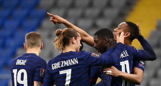 Megszerezte első győzelmét a világbajnoki címvédő Franciaország