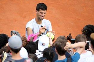 Djokovic meglepő ajándéka